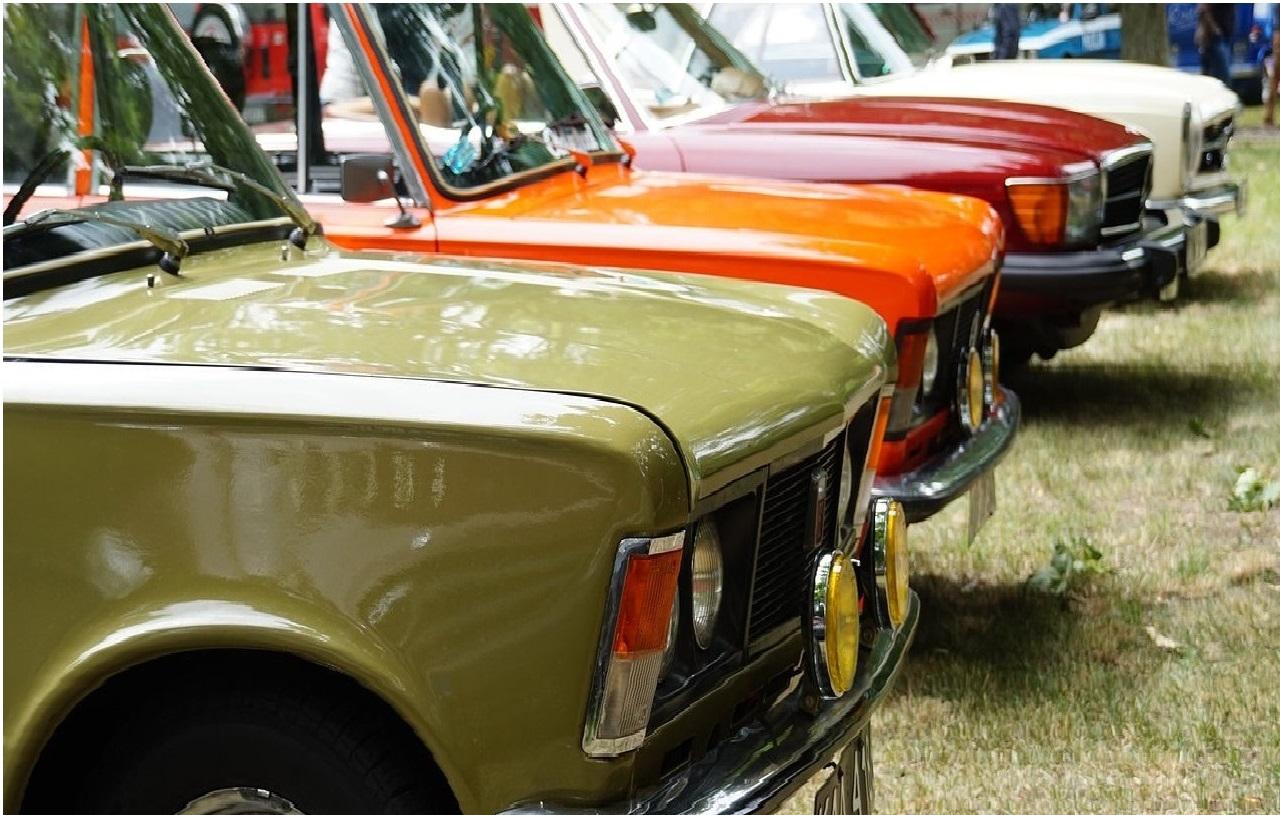 Stary samochód - jak go dobrze sprzedać?